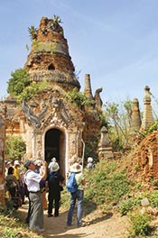 Myanmar Walking Tour